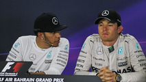 Rosberg 'must try to catch' Hamilton - Lauda