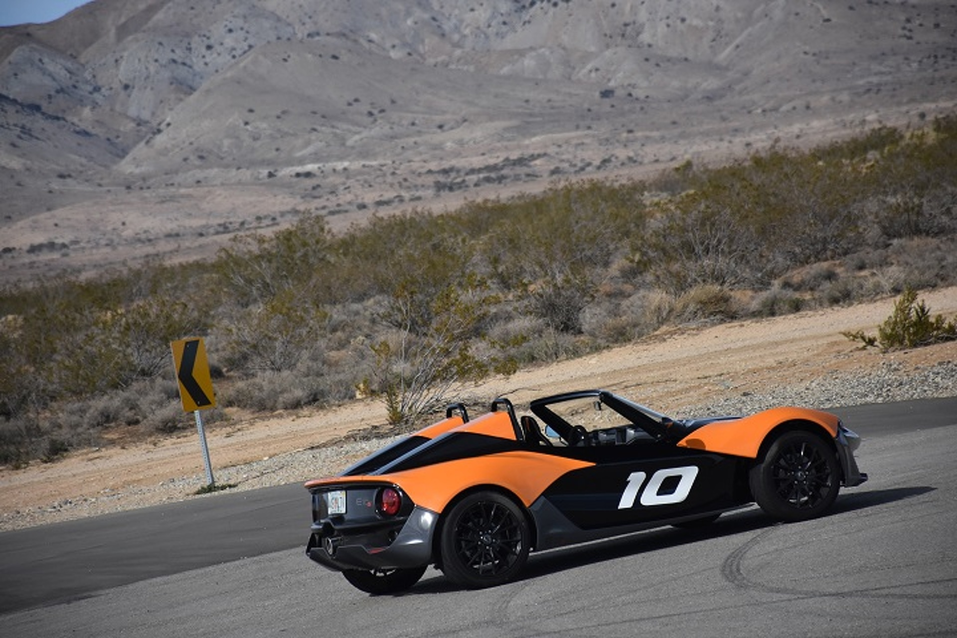 The Zenos E10 S is the Antidote for Autonomy: First Drive