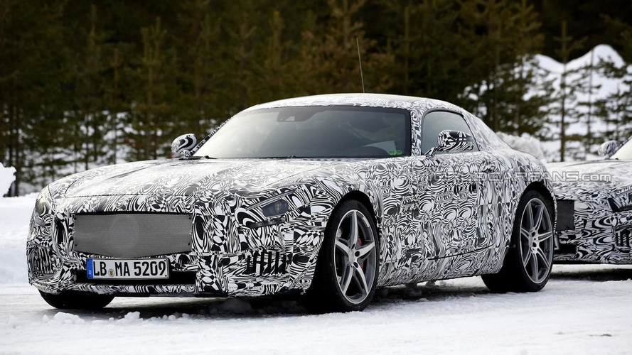 Mercedes-Benz AMG GT prototype spied flexing its muscle [video]
