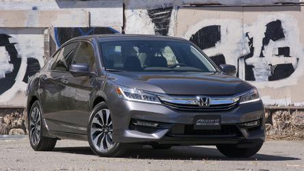 First Drive: 2017 Honda Accord Hybrid
