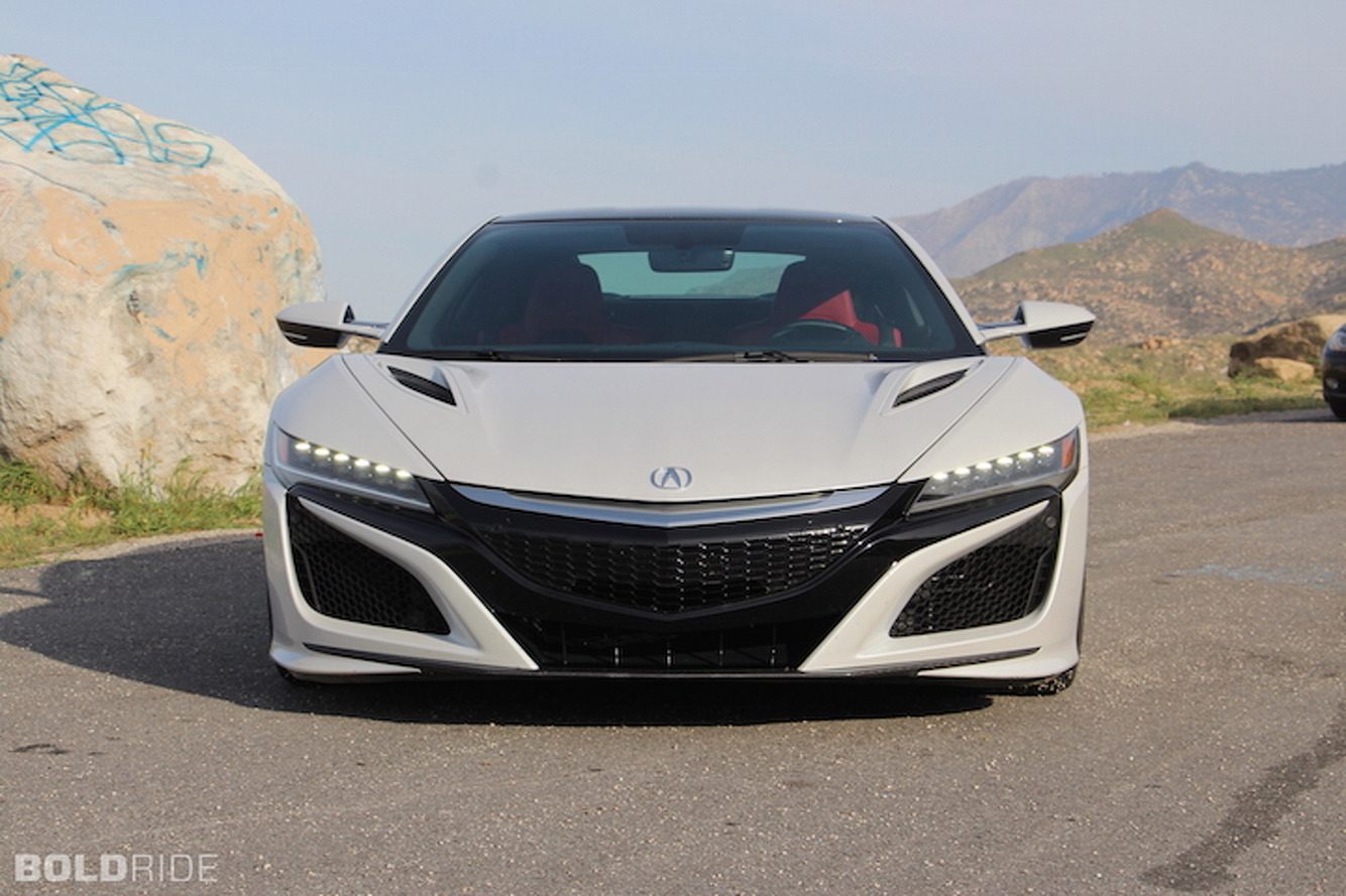 Acura NSX: Isn't perfect but it's the supercar of the future