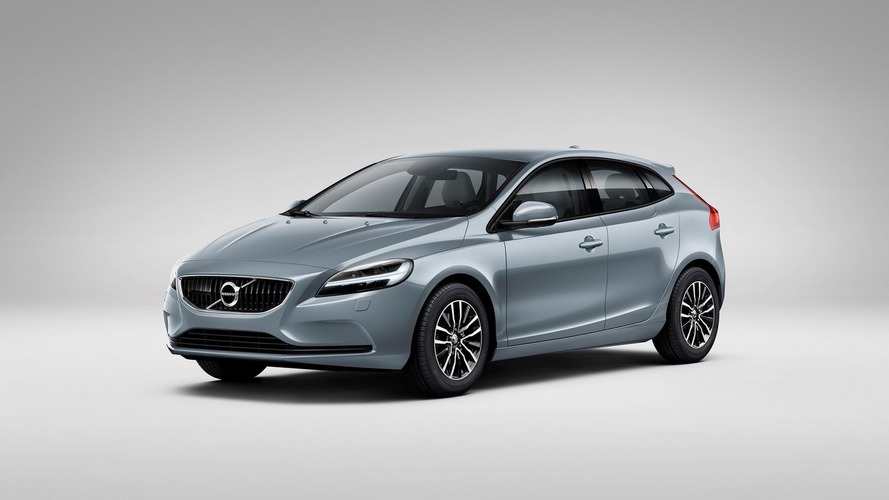 2017 Volvo V40 brings Thor's Hammer LED headlights [video]