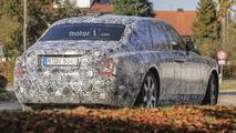 2018 Rolls-Royce Phantom looks majestic even with full camo