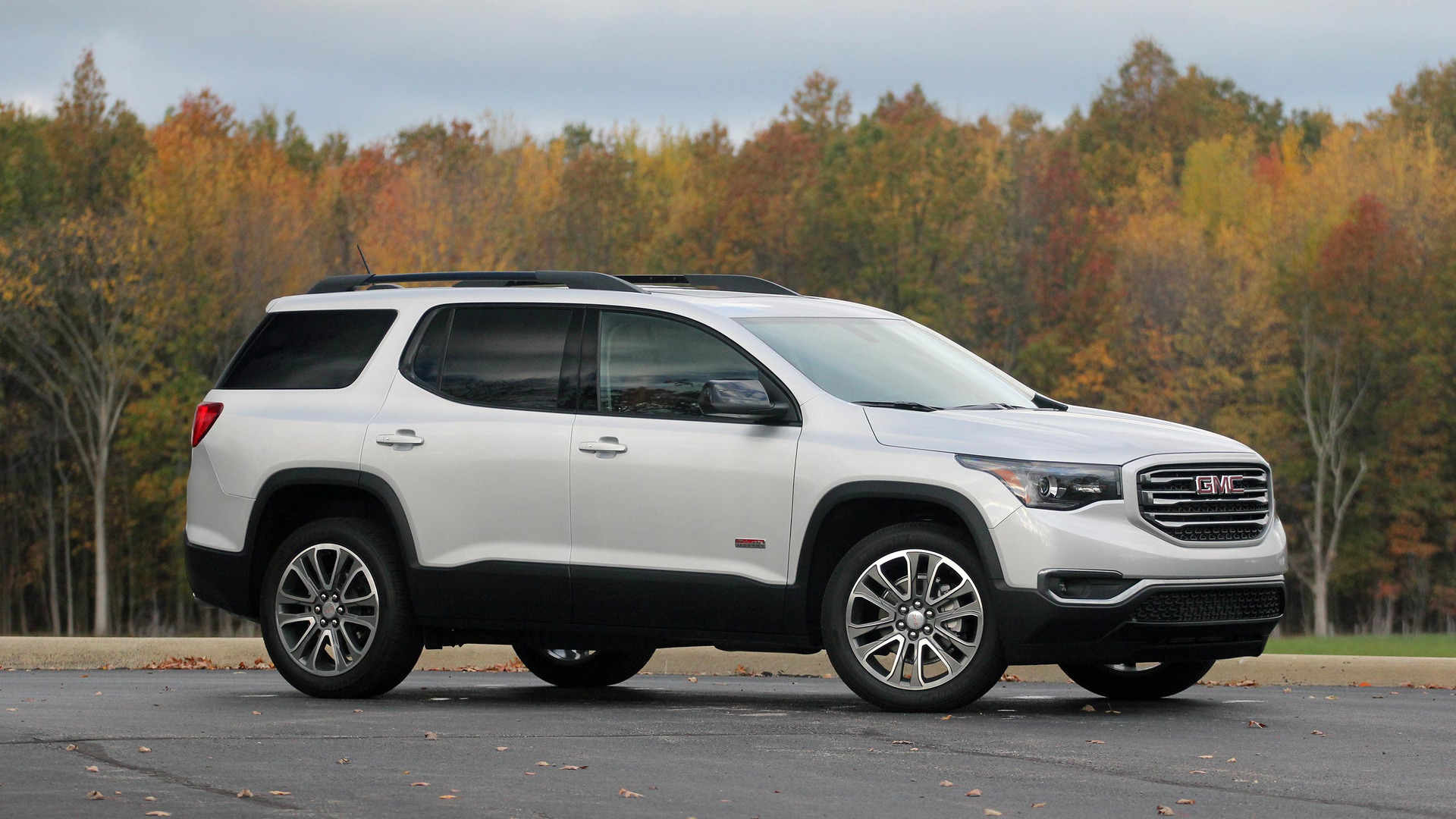 2017 gmc acadia review not every terrain. Black Bedroom Furniture Sets. Home Design Ideas