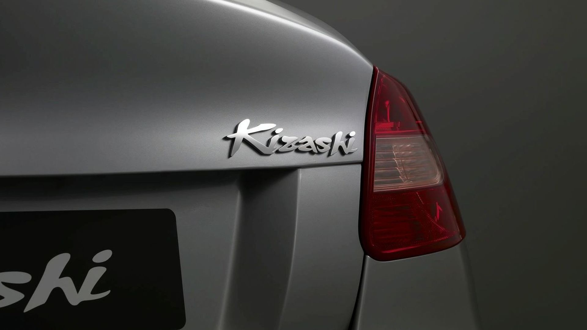 2010 Suzuki Kizashi Sedan Officially Revealed