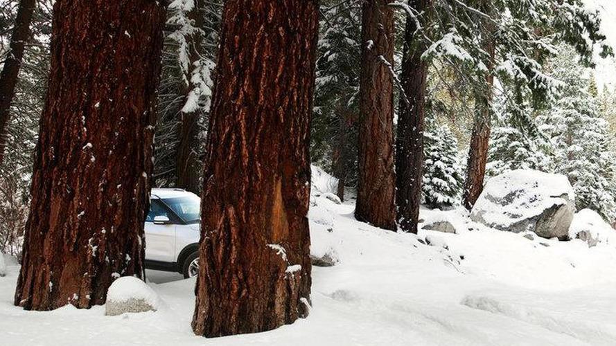 2011 Ford Explorer teased on Facebook