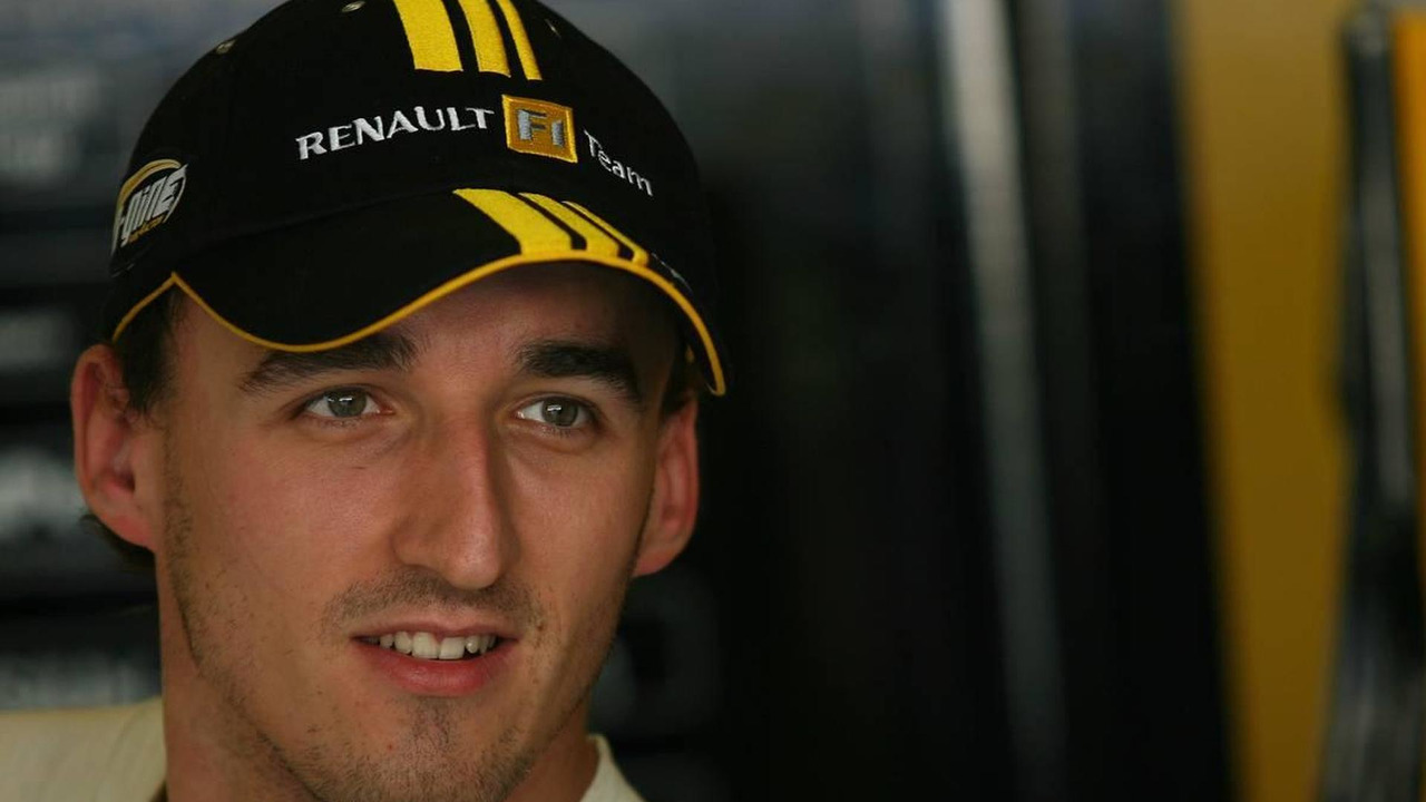 Robert Kubica (POL), Renault F1 Team - Formula 1 World Championship, Rd 19, Abu Dhabi Grand Prix, 12.11.2010 Abu Dhabi