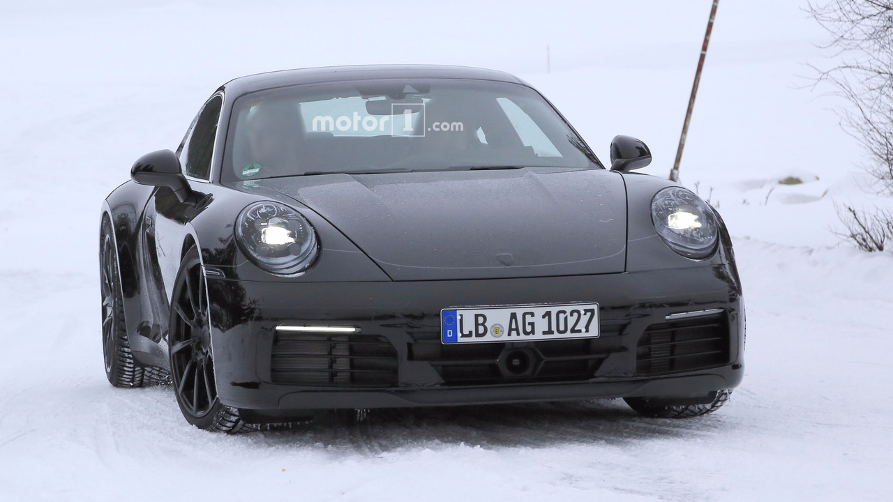 2018 - [Porsche] 911 - Page 2 2019-porsche-911-spy-photo
