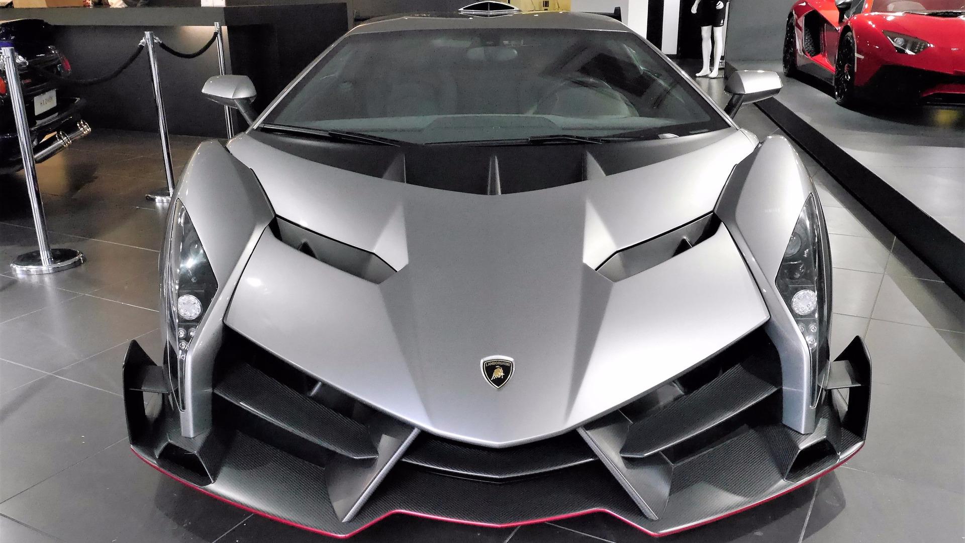 La Lamborghini Veneno D 233 Barque 224 Londres