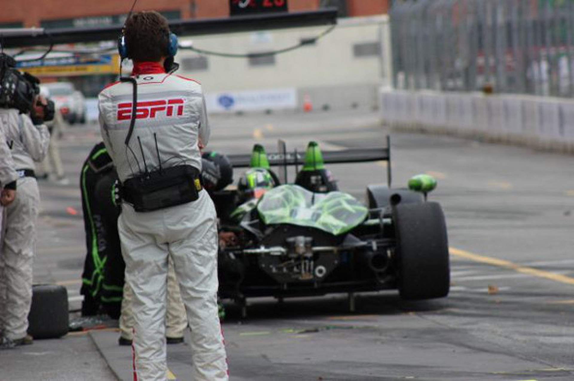 Photos: Racing The Streets of Baltimore From The Mechanic's View