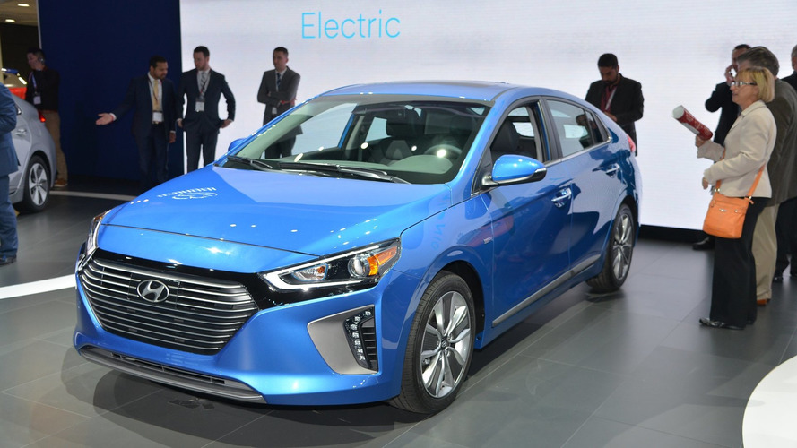 Hyundai Ioniq range makes NA debut in New York
