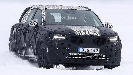 Flagra - Novo Volvo XC40 é pego em testes na neve