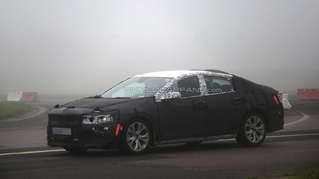 2016 Chevrolet Malibu spy photo