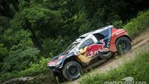 Loeb claims five-minute Dakar lead is
