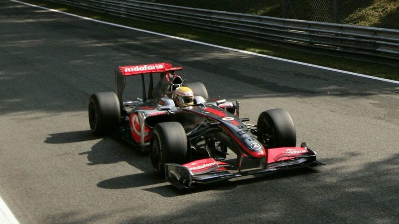 Lewis Hamilton took Pole for the 2009 Italian Grand Prix at Monza