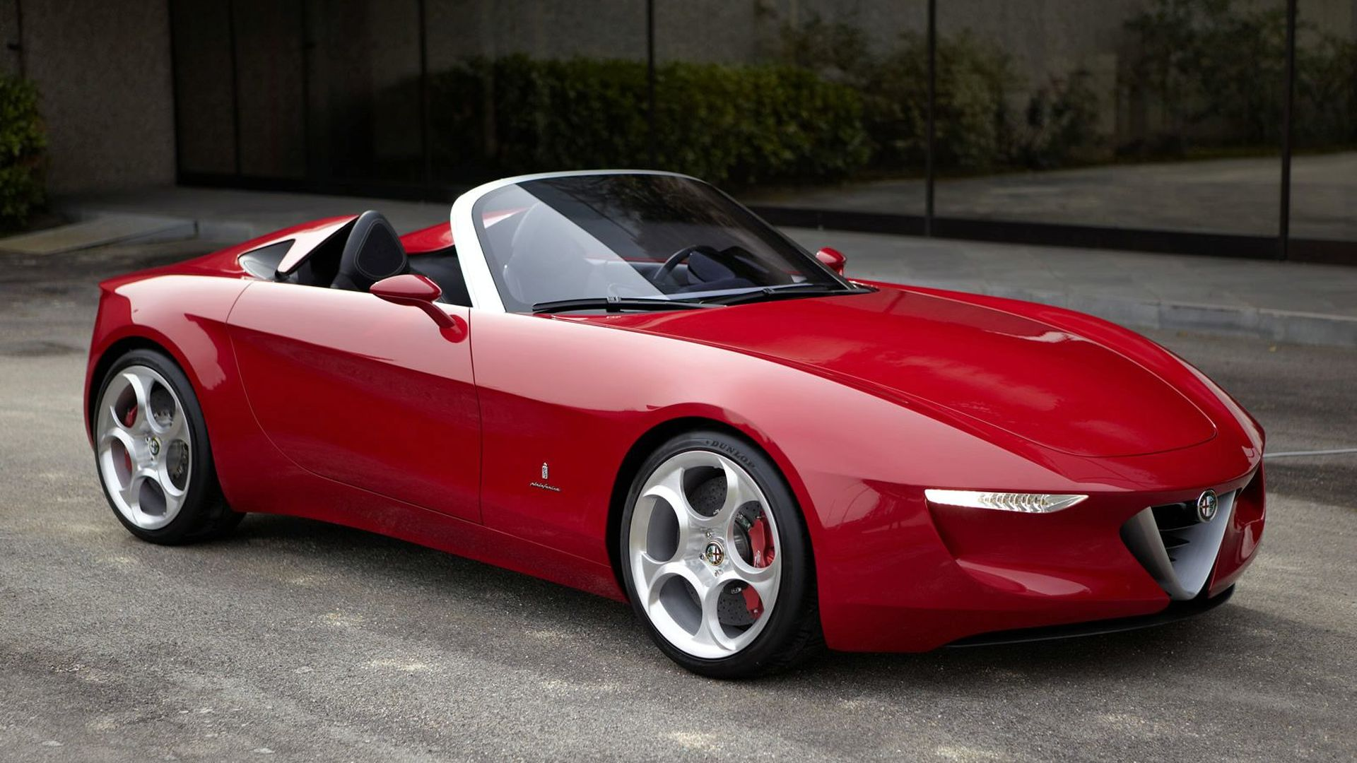 Alfa Romeo Spider in jeopardy, could become an Abarth or Fiat model instead - report