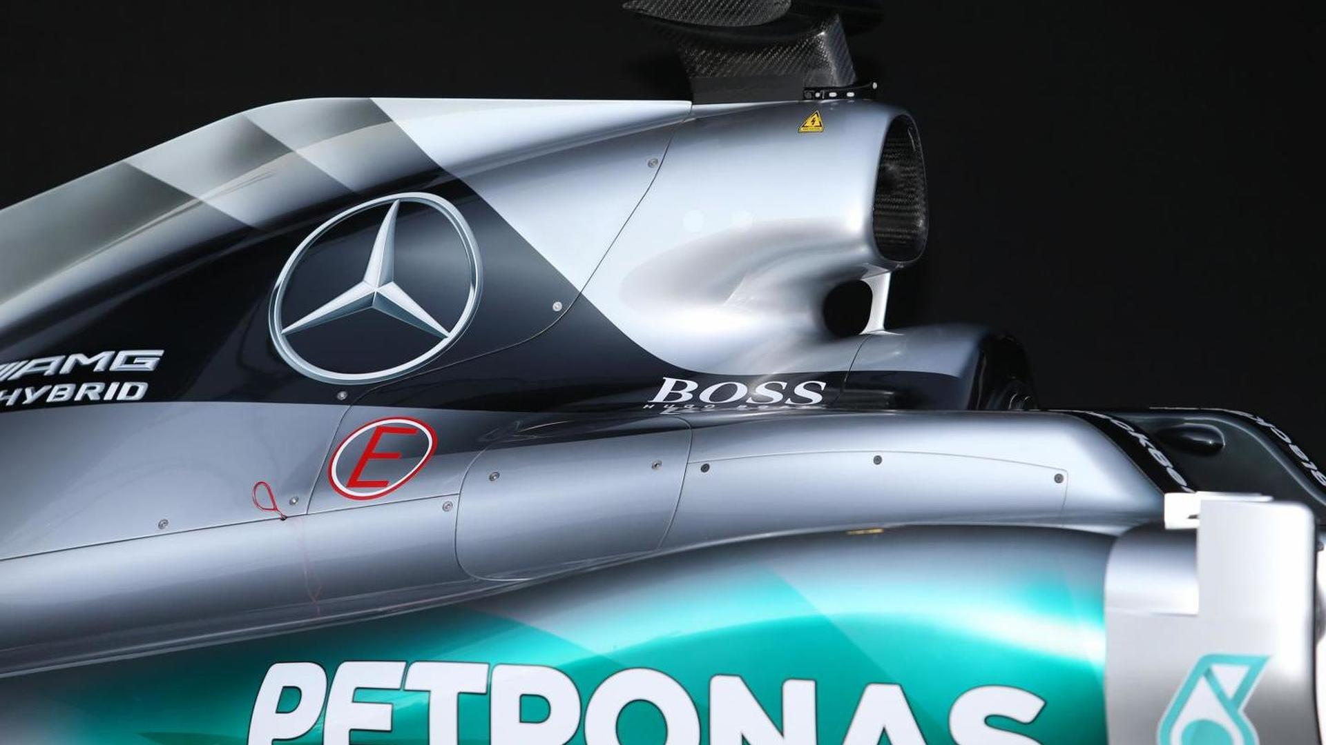 Mercedes denies F1 engines not road-relevant