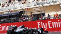 Wolff eyeing Hamilton contract talks on Monday