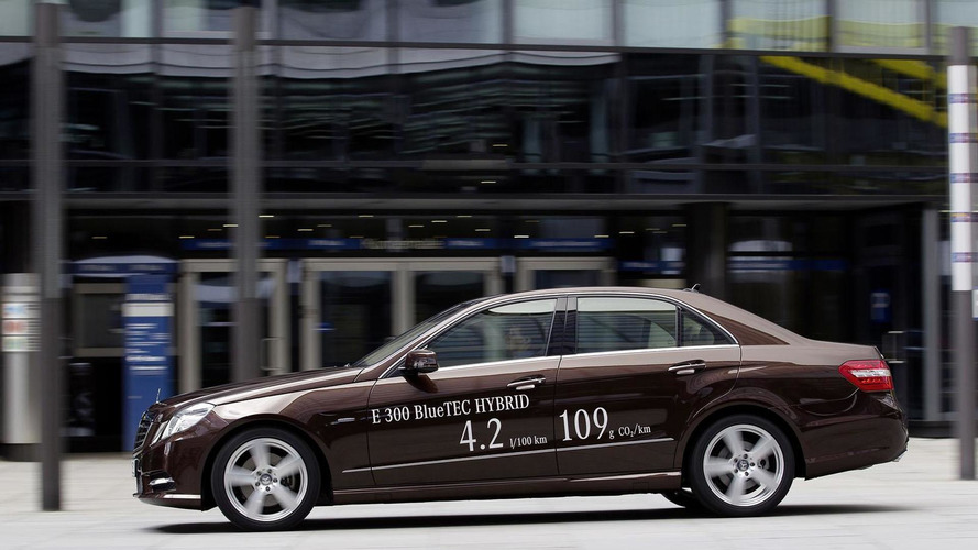 Mercedes confirms E300 & E400 Hybrids