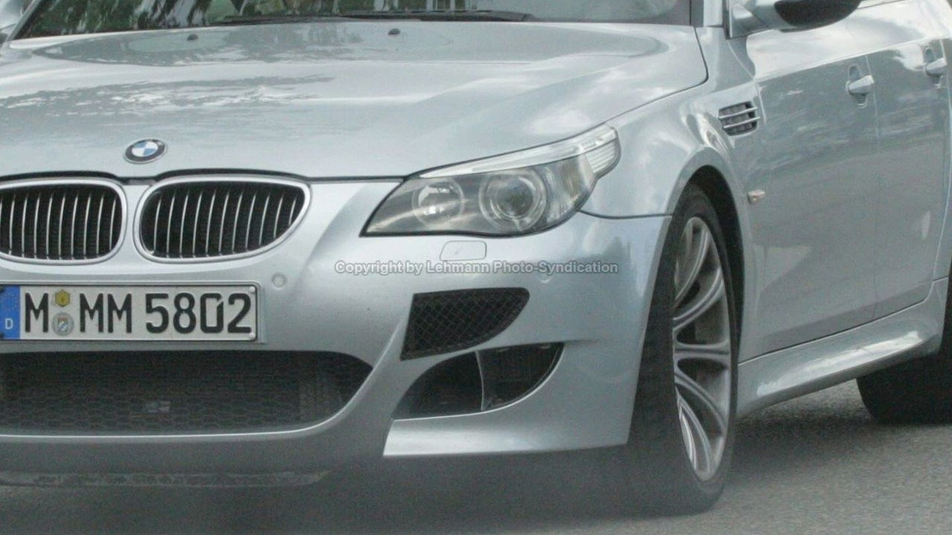 BMW M5 Twin Turbo and M7 Prototypes Spied