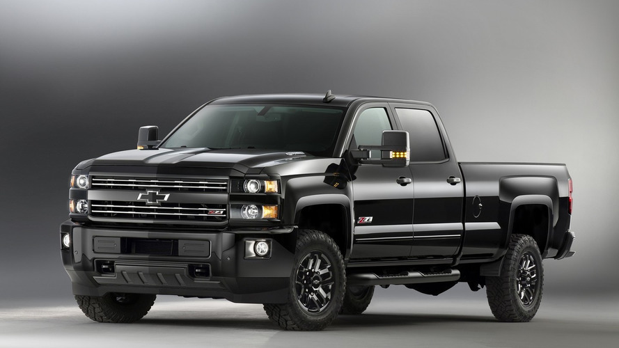 Chevy Silverado, Colorado Midnight Edition return for 2016MY [video]