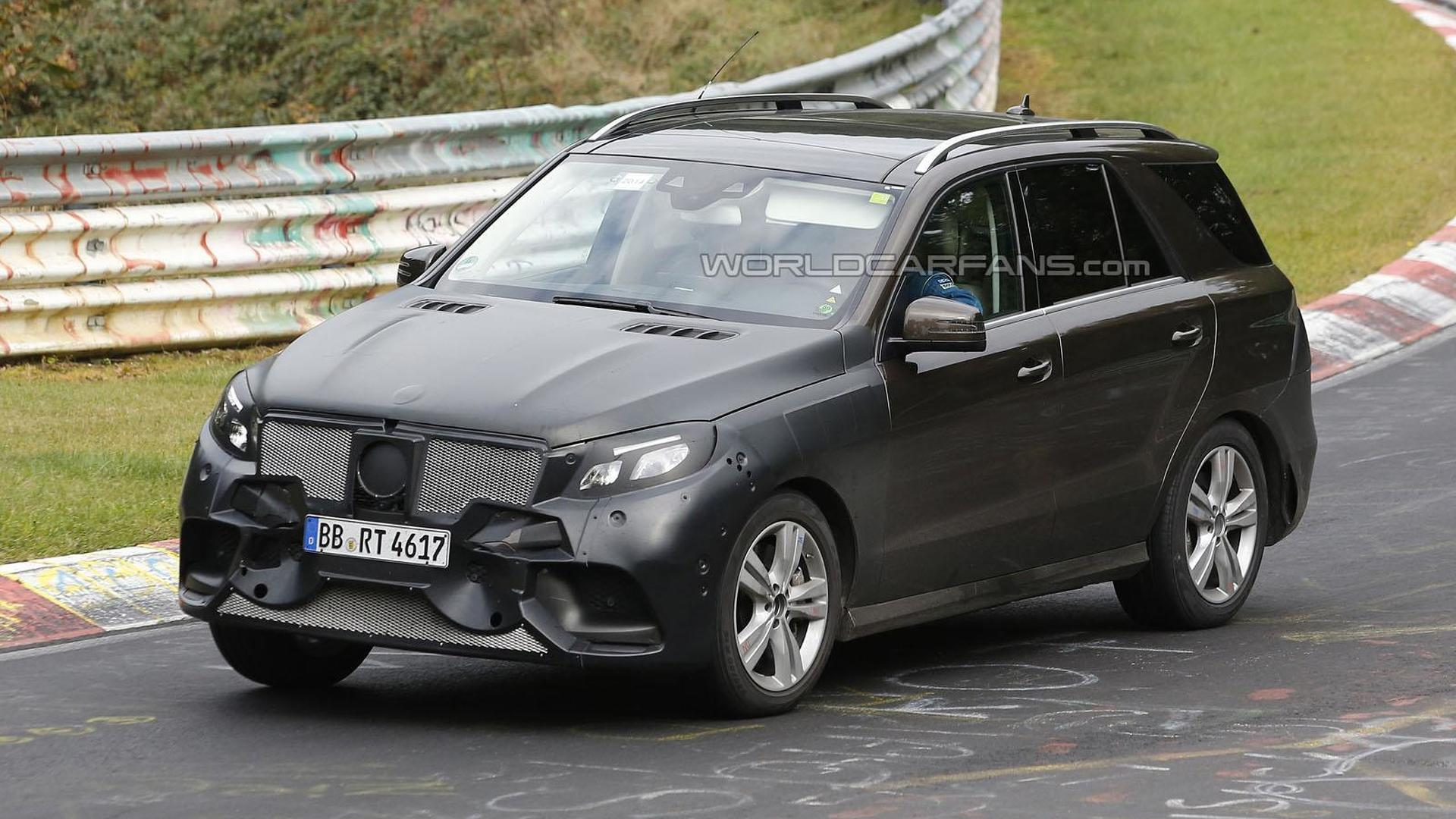 mercedes m class facelift spied on the nurburgring. Black Bedroom Furniture Sets. Home Design Ideas
