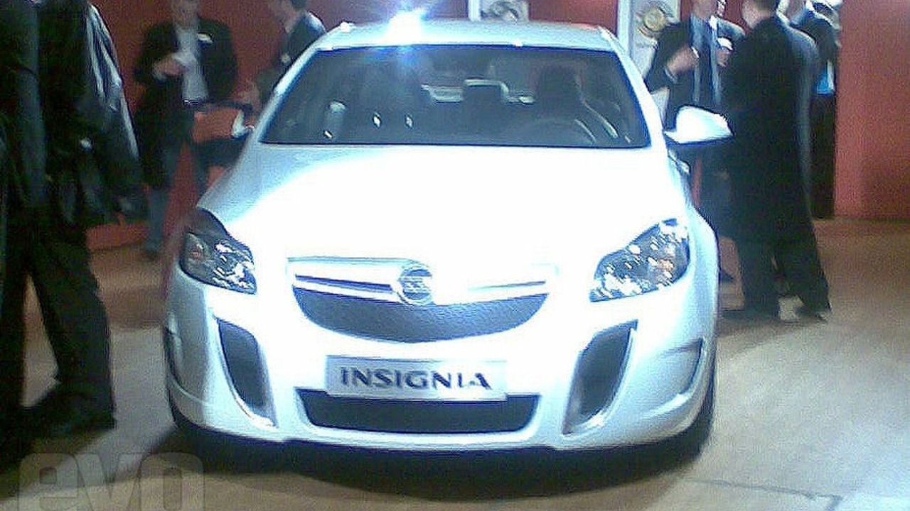 Opel Vauxhall Insignia OPC VXR leaked photo