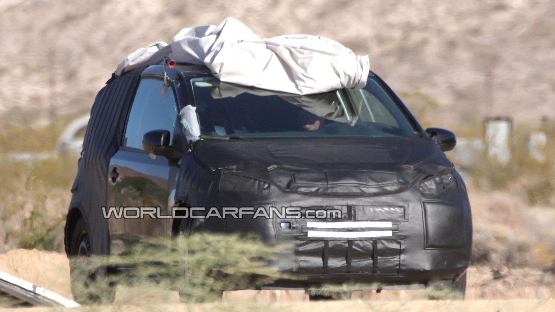 [UPDATED PHOTOS] 2012 Volkswagen Lupo / Up first full body prototype spy photos