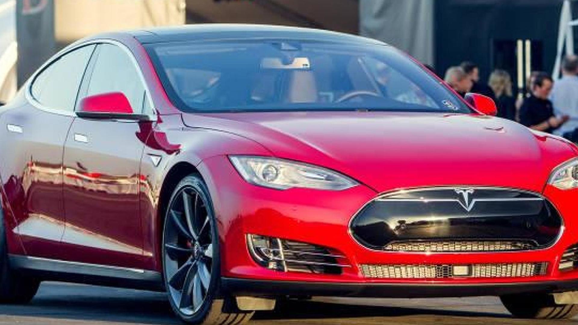 691 bhp Tesla Model S P85D unveiled with all-wheel drive and 3.2s 0-60 mph sprint [video]