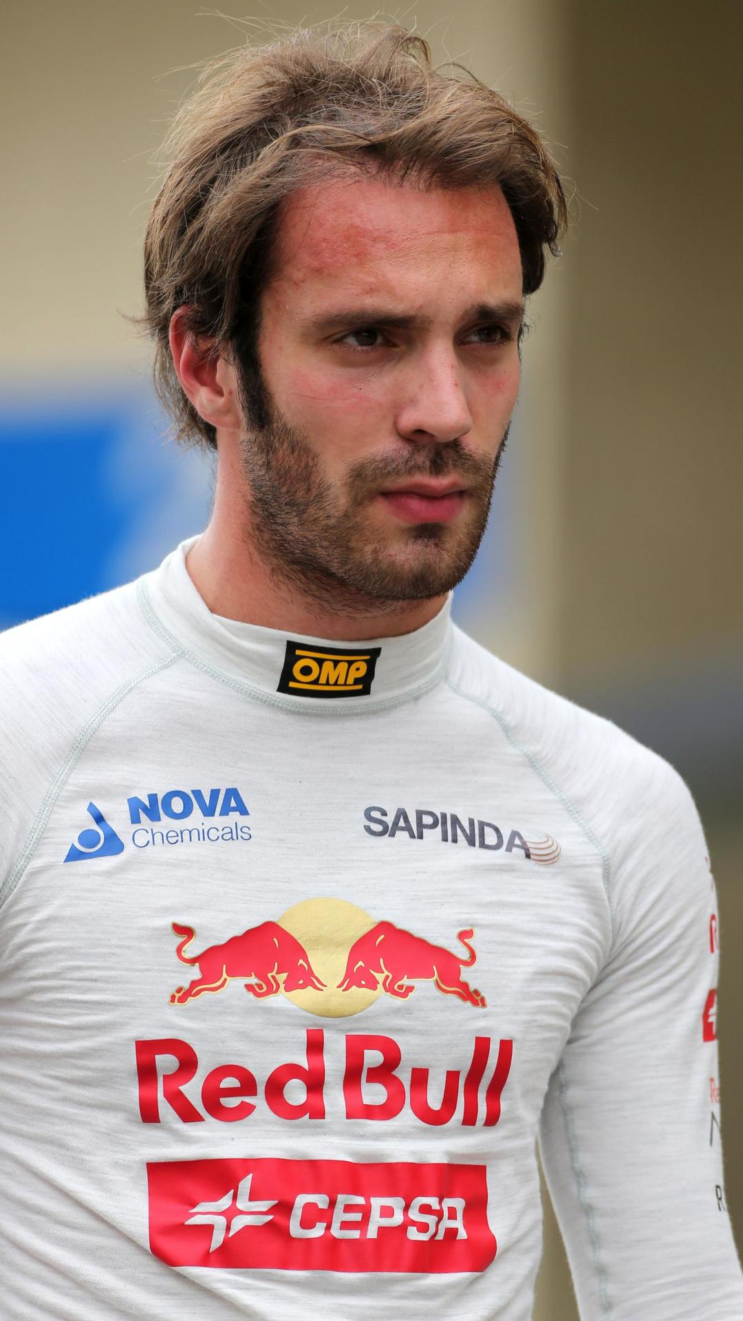 Vergne sets sights on Raikkonen's 2016 seat