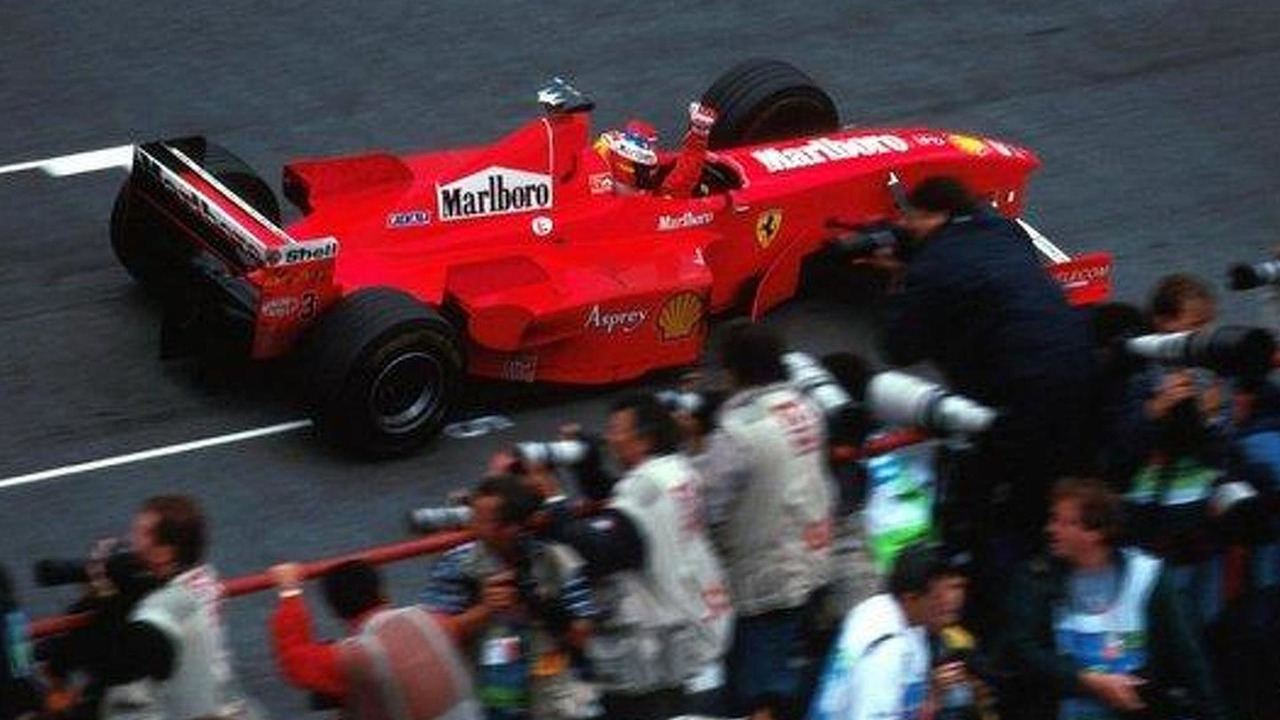 Michael Schumacher (GER) wins in Argentina in 1998 - the last F1 race held in the country / skysports.com