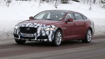 2015 Jaguar XJ facelift spy photo