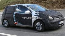 Hyundai i20 3-door spied
