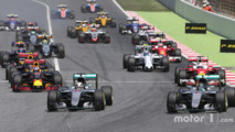 Start of the race, Nico Rosberg and Lewis Hamilton