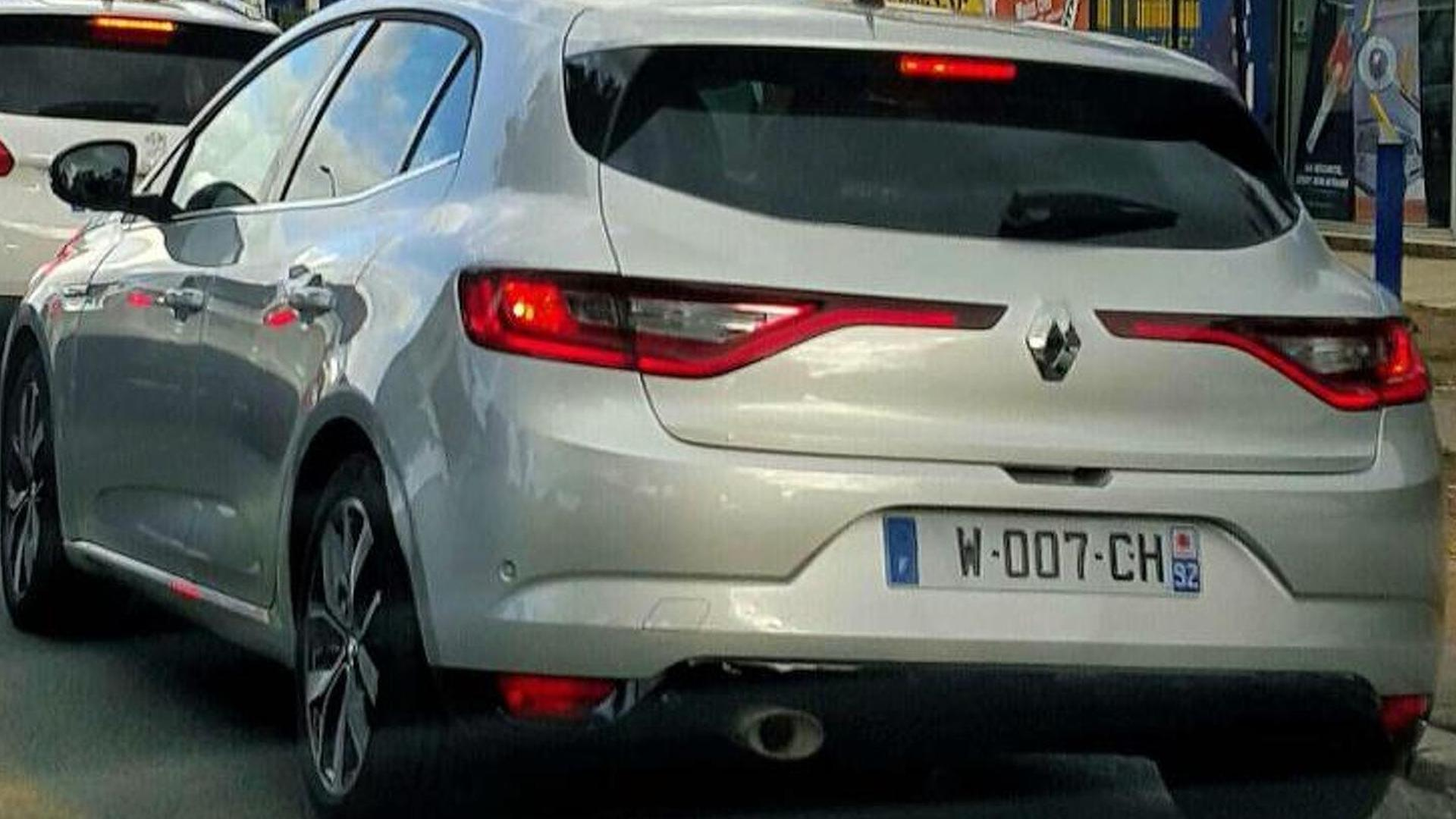 2016 Renault Megane spotted on the road