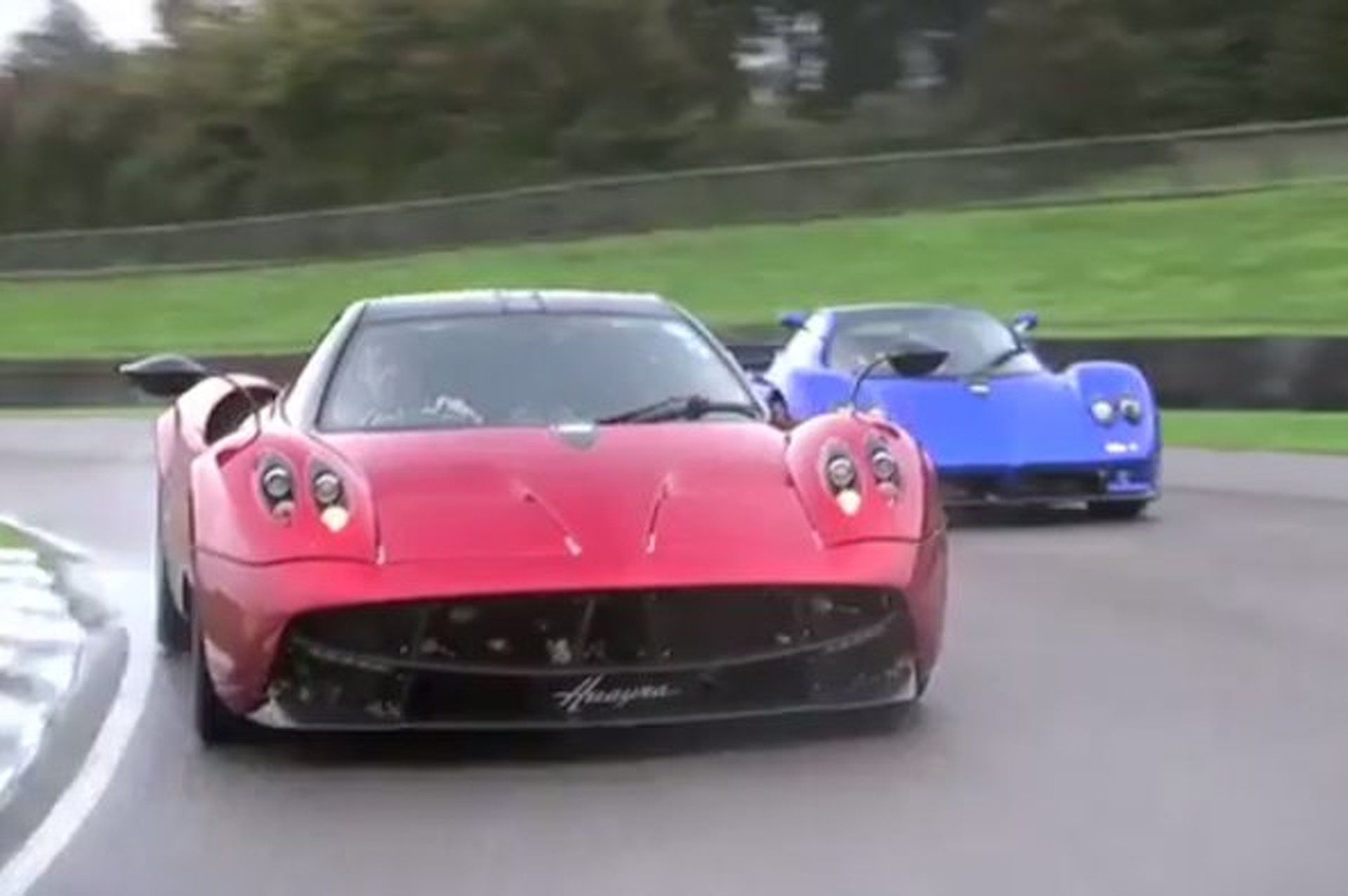 Pagani Huayra vs Zonda in a Battle of Epic Proportions [video]