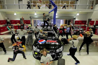 Video: Jeff Gordon Gets Weird with the Harlem Shake
