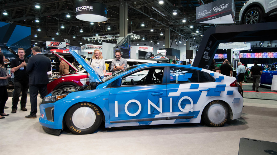 Hyundai's land-speed-record-setting Ioniq surprises at SEMA