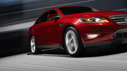 2010 Ford Taurus SHO Officially Unleashed with 365 Horsepower