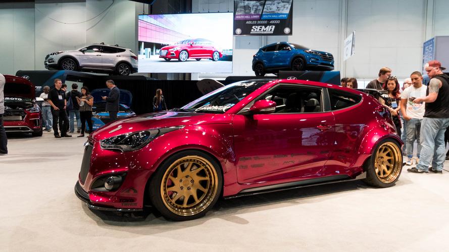 2016 SEMA Hyundai booth