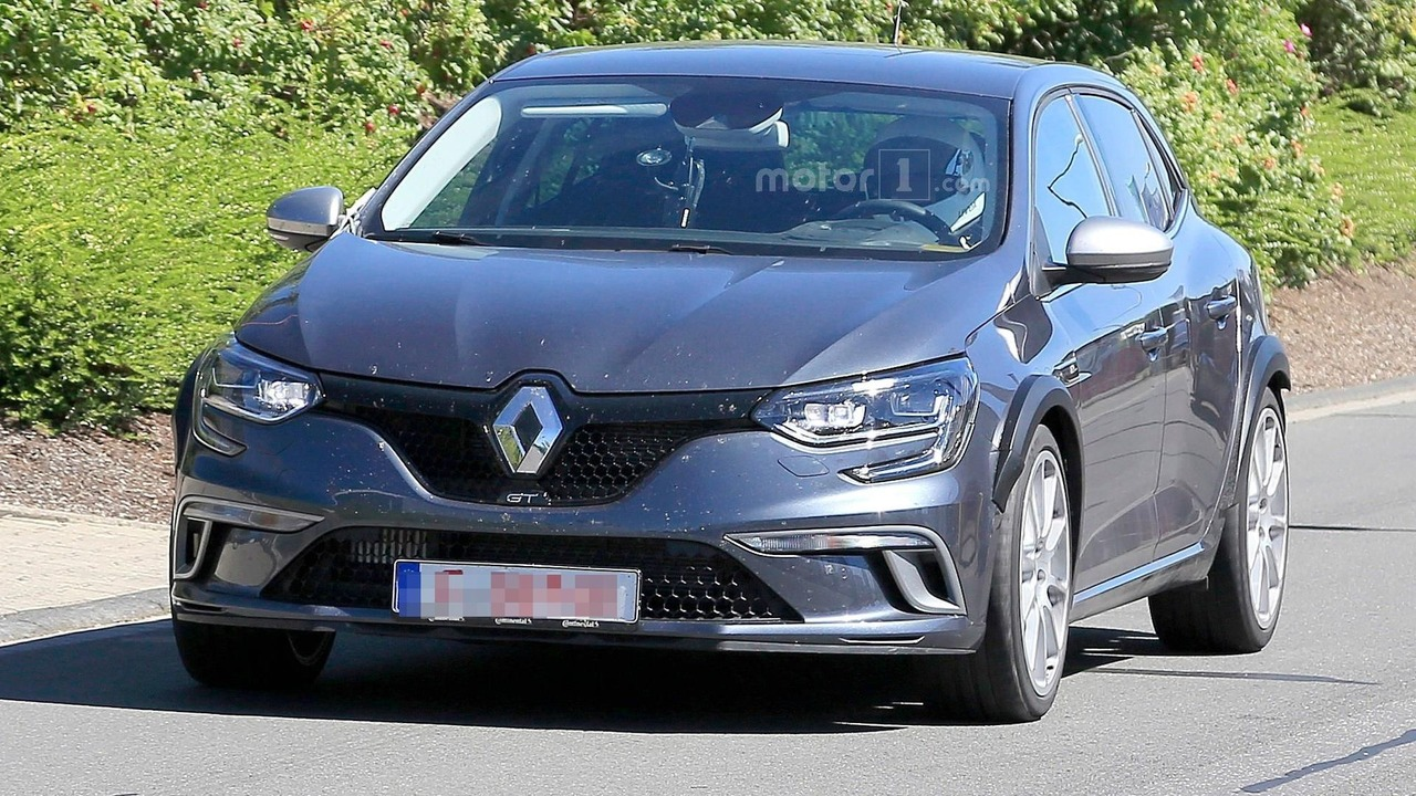 renault megane rs conceals its true identity in gt body. Black Bedroom Furniture Sets. Home Design Ideas