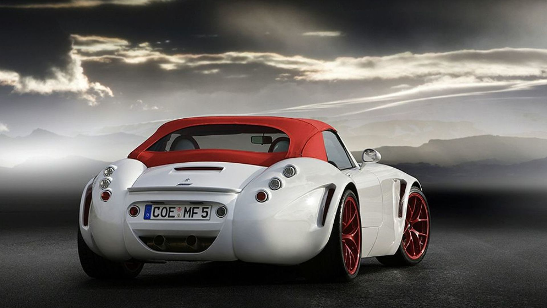 Wiesmann Roadster MF5 First Official Photo Leaks