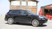 2015 Porsche Cayenne spied testing in Southern Europe
