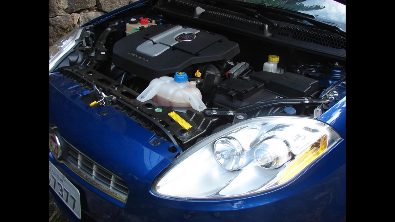 Avaliação - Fiat Bravo Essence 1.8 16V e.TorQ  2011 (Manual)