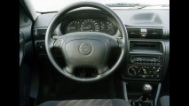 Carros para sempre: Astra importado foi arma da GM contra Tipo e Golf