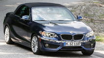 2015 BMW 2-Series Convertible spied with minimal camouflage