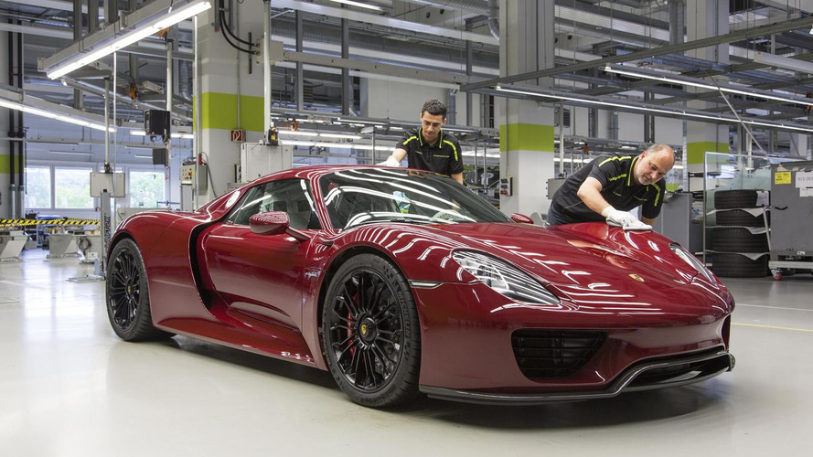 Porsche 918 recalled for cracked suspension