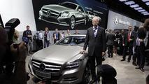 2012 Mercedes CLS debuts in Paris