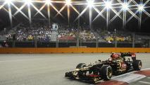 Grosjean reveals Lotus exit clause