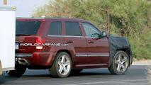 Jeep Grand Cherokee SRT8 Facelift Spy Photos